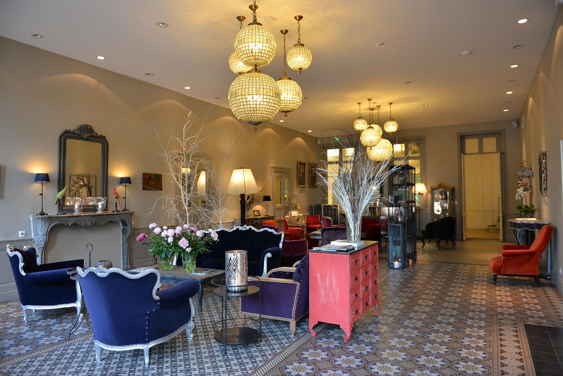 Hotel d'Europe et d'Angleterre à Mâcon, Bourgogne du Sud - Le Hall